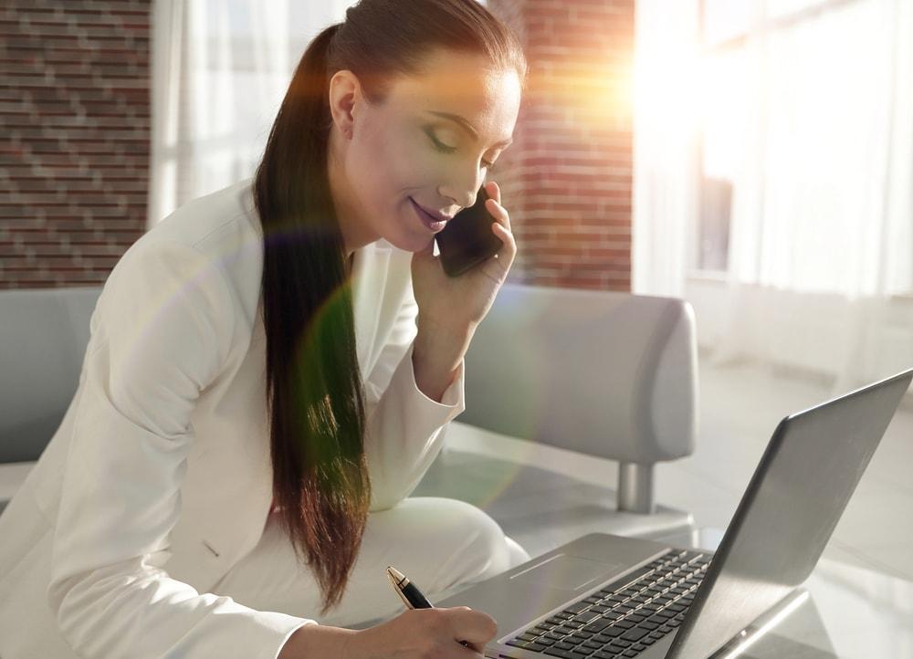 https://carvalhoadm.com.br/blog/media/carvalhoadm/2018/07/215972-o-que-levar-em-consideracao-na-hora-de-escolher-uma-administradora-de-condominios.jpg
